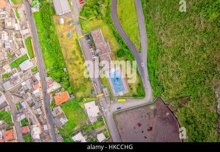 Banos de Agua Santa Latin American città vista dalla cima, Ecuador, Sud America Foto Stock