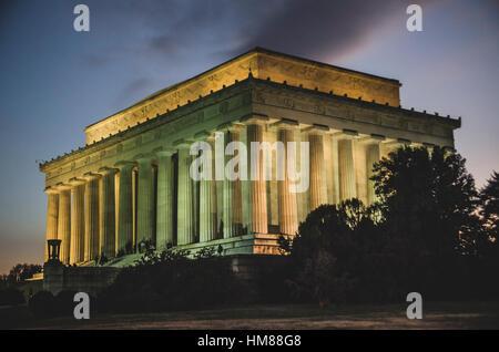 Lincoln Memorial esterno al tramonto, Washington, DC, Stati Uniti d'America Foto Stock