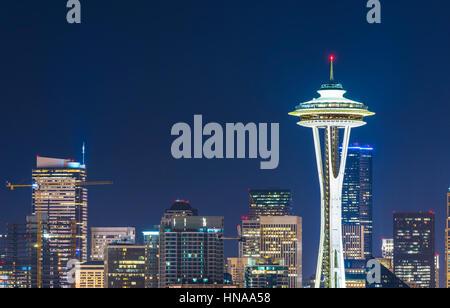 Seattle,Washington,usa.2015/02/22: bellissima Space Needle di notte. Foto Stock