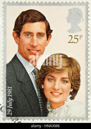 Regno Unito - circa 1981: Un British usato Francobollo per celebrare le nozze reali del principe Charles e Lady Diana Spencer Foto Stock