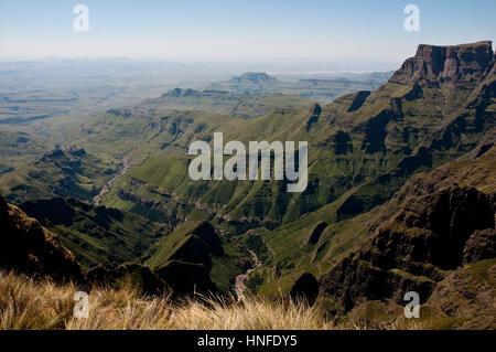 La scalata di Sentinal escursione sull'Anfiteatro Royal Natal National Park Kwazulu Natal Sud Africa Foto Stock