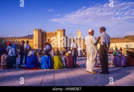 Pacha el Baghdadi square, Medina, sito Patrimonio Mondiale dell'UNESCO, Fez, in Marocco, Africa. Foto Stock