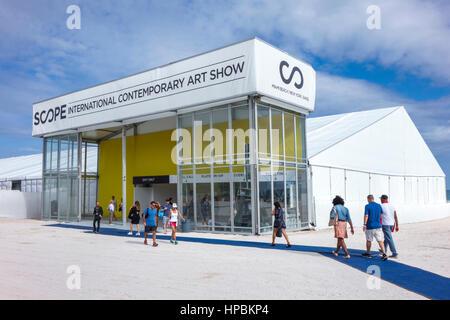 Florida Miami Beach Art Basel Week satellite art fair Scope International Contemporary Art Show tenda ingresso FL161215006