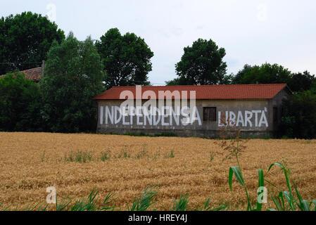 Campagna Veneta, scritti Inneggiando alla secessione del Veneto dalla Repubblica italiana. Foto Stock