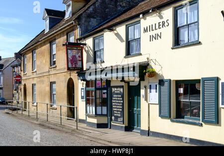 Viste della città Wincanton in somerset England Regno Unito. Millers Inn Foto Stock