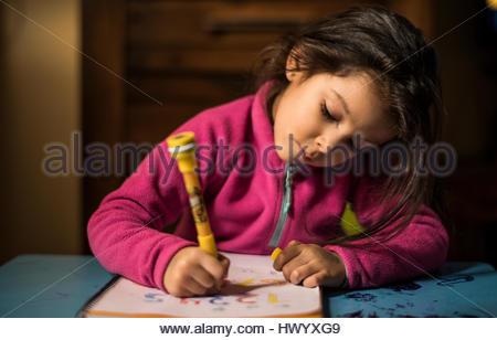 Bambina Numeri di disegno Foto Stock