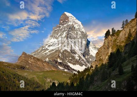 Il Matterhorn o Monte Cervino picco di montagna, Zermatt, Svizzera Foto Stock