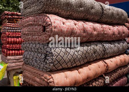 Materassi di cotone, Varanasi, Uttar Pradesh, India, Asia Foto Stock
