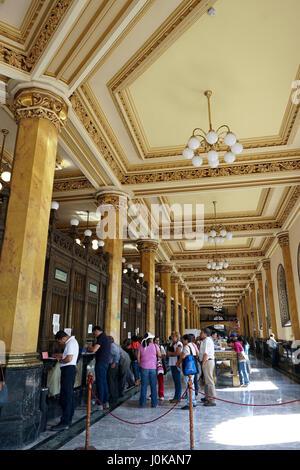 Storica principale ufficio postale in Città del Messico. Il Palacio de Correos de Messico o il (Correo Mayor) Foto Stock