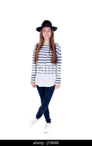 Ritratto completo ragazza adolescente con un cappello nero a strisce e t-shirt isolato su uno sfondo bianco Foto Stock