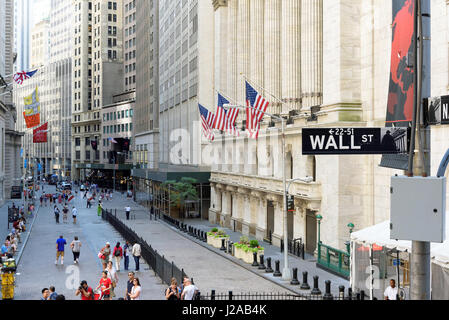 Il New York Stock Exchange su Wall Street a New York. Foto Stock