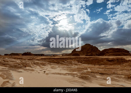Montagna nel deserto Egitto Foto Stock