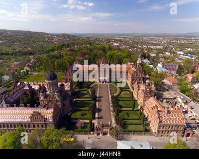Vista aerea di Chernivtsi University - una delle più antiche università in Ucraina Foto Stock