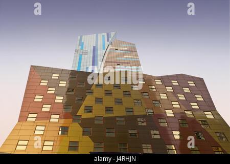 Gli Stati Uniti, New York City, 8Th. Avenue, 42 Th. Street, edificio, facciata, moderno, Foto Stock
