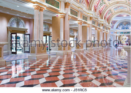 Lungo Il Corridoio In Inglese : Lungo il corridoio in inglese visitare corridoio vasariano