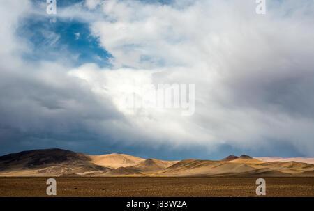 Nord-ovest Argentina il paesaggio del deserto, vicino vicino a Paso de Jama, Argentina-Chile confine nazionale Foto Stock