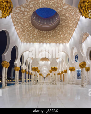 Moschea Sheikh Zayed la terza più grande moschea del mondo Foto Stock