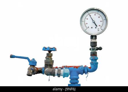 Indicatore retrò, misuratore di vecchia tubazione dell'acqua, valvola e il rubinetto su sfondo bianco Foto Stock