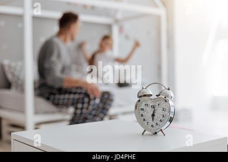Famiglia attiva svegliarsi la mattina presto Foto Stock