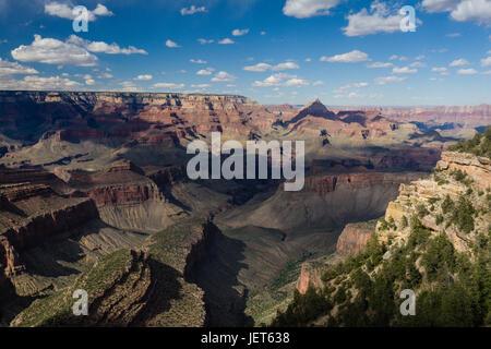 Vishnu Tempio dal bordo Sud del Grand Canyon Foto Stock