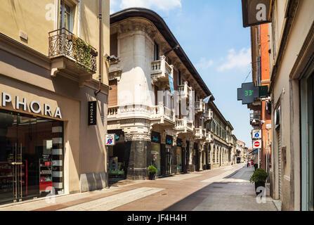 Via Corso Roma a Torino
