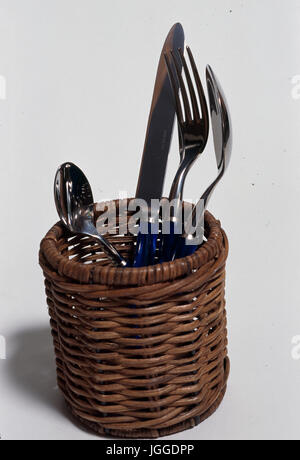 Posate in acciaio inossidabile in basket