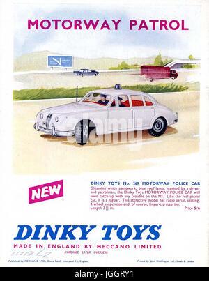 Meccano Magazine - a pieno colore pagina Dinky Toy inserzioni - 1962 -  giocattoli realistici in 9886d430f4e