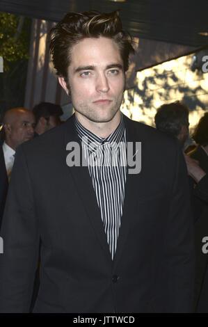 """La città di New York. 8 Ago, 2017. Robert Pattinson assiste il New York premiere di """"Tempo"""" al Teatro SVA su Agosto Foto Stock"""
