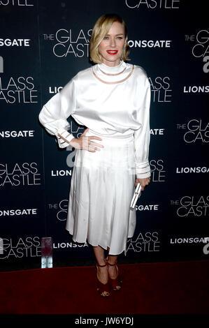 Naomi Watts assiste 'il castello di vetro' new york proiezione al Teatro sva il 9 agosto 2017 a New York City. Foto Stock