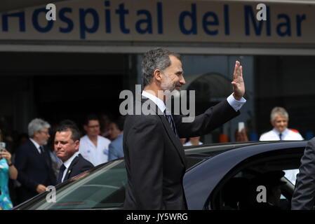 Barcellona, Spagna. 19 Ago, 2017. Spagna il re Felipe vi lascia dopo la sua visita alle vittime degli attacchi terroristici Foto Stock