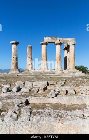 Tempio di Apollo, antica Corinto, Grecia Foto Stock