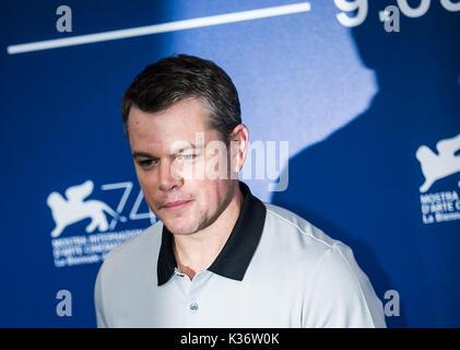 """Venezia, Italia. 2 Sep, 2017. Attore Matt Damon pone durante un photocall per il film """"uburbicon' in concorso al Foto Stock"""