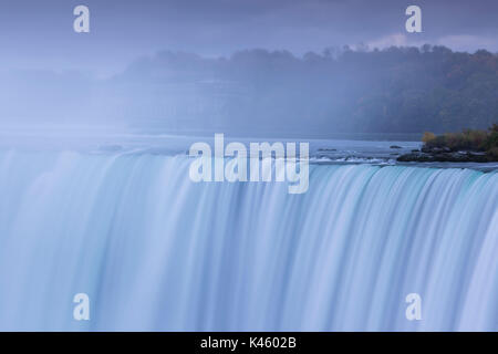 Canada Ontario, Niagara Falls, Horseshoe Falls, alba Foto Stock