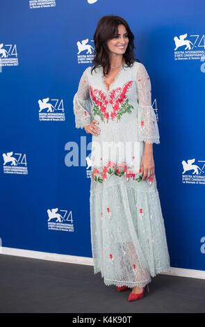 Venezia, Italia. 6 Sep, 2017. Attrice Penelope Cruz assiste il photocall del film ' amare Pablo' alla 74a Mostra Foto Stock
