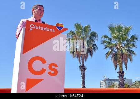 Barcellona, Spagna. Undicesimo Sep, 2017. Presidente della ciutadans gruppo politico Alberto Rivera parla durante Foto Stock