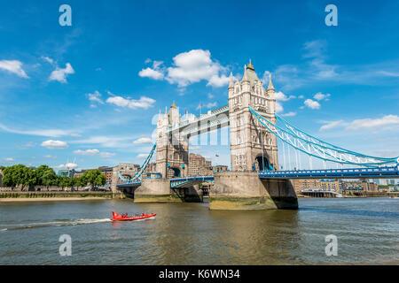 Il tower bridge sul Tamigi, Southwark, Londra, Inghilterra, Gran Bretagna Foto Stock