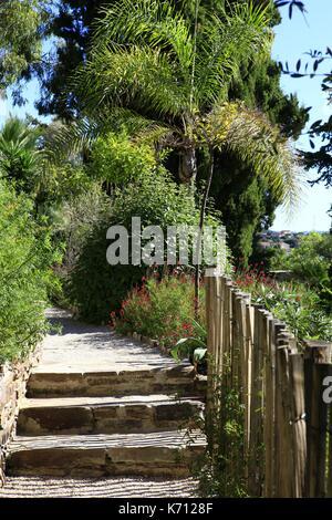 Giardino Terrazzato. Free Lo Storico Giardino Officinale Il Giardino ...