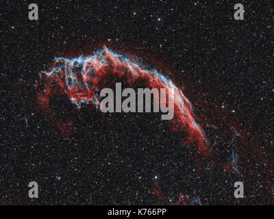 Orientale nebulosa velo - un resto di supernova nella costellazione del Cigno