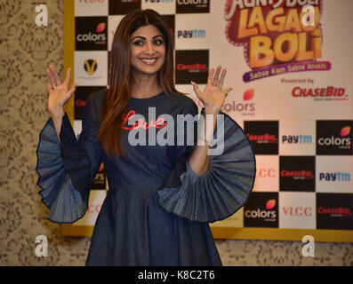 Mumbai, India. Xviii Sep, 2017. indian film attrice shilpa shetty pongono in caso di colori & tramiteuna industries Foto Stock