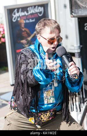 In,Elvis,Festival,Festival di Elvis,Porthcawl,Bridgend,county,sud,Galles,UK,U.K.,l'Europa, Foto Stock