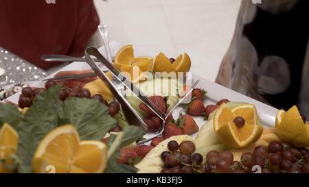 Decorazioni Buffet Frutta : Altra frutta fresca a buffet di nozze tabella. frutti e bacche di