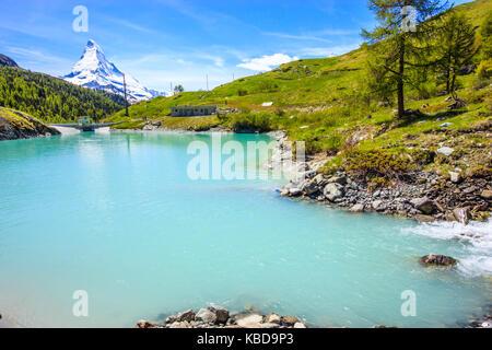 Moosjisee lago, uno dei cinque laghi destinazione intorno a picco sul Cervino in Zermatt, Svizzera, Europa. Foto Stock