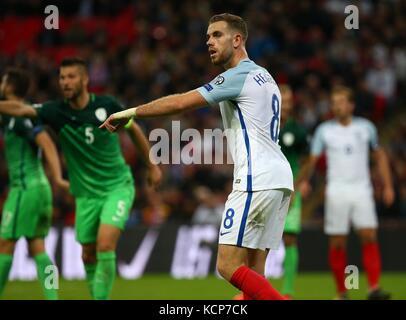 Jordan Henderson di Inghilterra durante la Coppa del Mondo FIFA Qualifier match tra Inghilterra e Slovenia allo Stadio di Wembley a Londra. 05 Ott 2017 Foto Stock