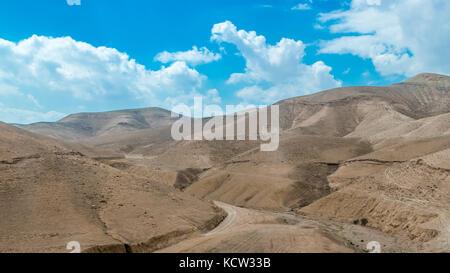 Deserto colline vicino al Mar Morto Foto Stock