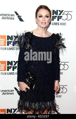 Julianne Moore assiste il 'wonderstruck' premiere durante il cinquantacinquesimo new york film festival di Alice Foto Stock