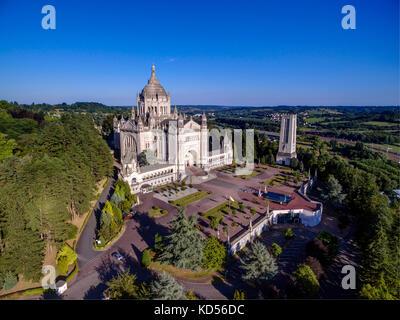 Lisieux (Bretagna, a nord-ovest della Francia): Basilica di Santa Teresa di Lisieux (non disponibile per la produzione Foto Stock
