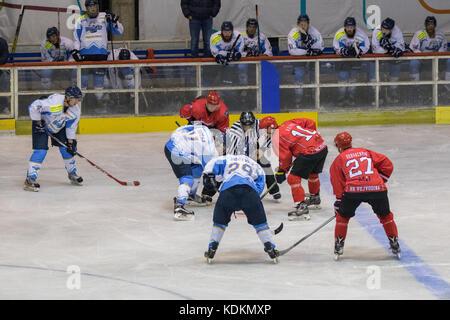 Novi Sad Serbia. 14 ottobre, 2017. international Hockey League (DIU) match tra home hc vojvodina Novi Sad e lontano Foto Stock