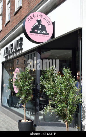 Joe juice cafe e juice bar, Londra, Regno Unito. Foto Stock