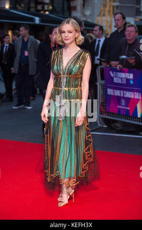 London.UK. Carey Mulligan alla Royal Bank of Canada Gala & European Premiere of 'Mudbound'. 61st BFI London Film Festival 5th Ottobre 2017 Ref:LMK386-S816-061017 Gary Mitchell/Landmark Media WWW.LMKMEDIA.COM Foto Stock