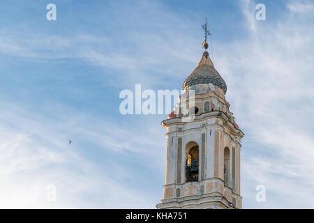 Il campanile della chiesa di terzorio italia Foto Stock